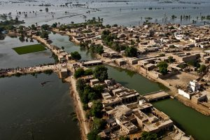 Flickr_-_DVIDSHUB_-_Pakistan_Humanitarian_Aid_Flood_Relief