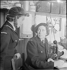 230px-All-in_War_Worker-_Everyday_Life_For_Mrs_M_Hasler,_Barnes,_Surrey,_1942_D9377